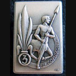 3° REI : insigne de la 2° compagnie du 3° régiment étranger d'infanterie de fabrication FIA