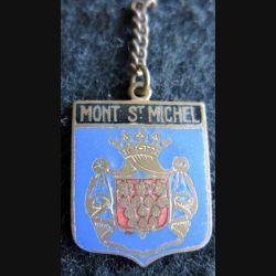 BLASON MONT ST MICHEL : insigne métallique ancien blason en émail de la ville du Mont St Michel 22 x 30 mm anneau chainette