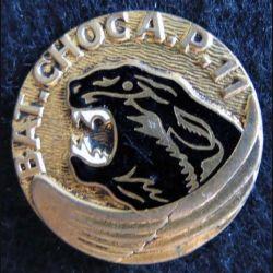 11° BCAP : insigne métallique du 11° bataillon de choc aéroporté de fabrication Drago Paris G. 572 en émail