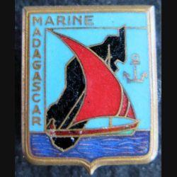 MARINE : Insigne métallique de la Marine à Madagascar Drago Olivier Métra déposé émail