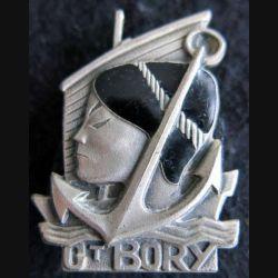 CT BORY  : insigne métallique de l'aviso escorteur Commandant Bory de fabrication FIA Lyon en émail