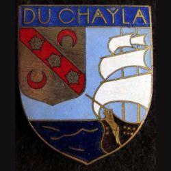 DU CHAYLA : insigne métallique de l'escorteur d'escadre Du Chayla fabrication Arthus Bertrand  en émail
