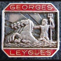 GEORGES LEYGUES : insigne métallique du croiseur Georges Leygues fabrication EBY en émail
