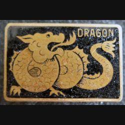 DRAGON : insigne métallique du patrouilleur Dragon de fabrication Augis Lyon en émail