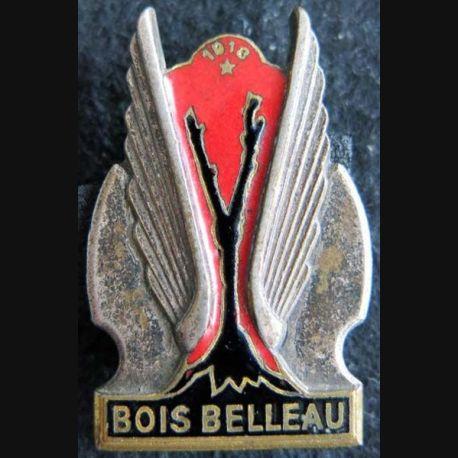 BOIS BELLEAU: insigne métallique du porte avions Bois Belleau  fabrication Drago Paris émail