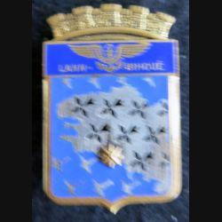 BAN LANN BIHOUE : insigne métallique de la base aéronavale de Lann Bihoué fabrication Drago Paris en émail.