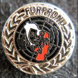 8° DI : insigne métallique en réduction de la 8° division d''infanterie FORPRONU 5° mandat 92-93 Ballard