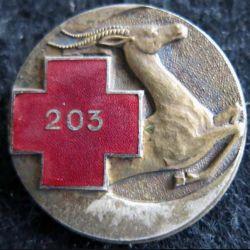 203° ACLCA : insigne métallique de la 203° ambulance chirurgicale légère de corps d'armée de fabrication Drago Béranger déposé