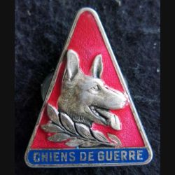 10° GVA : insigne métallique du 10° groupe vétérinaire autonome chiens de guerre de fabrication Drago Paris