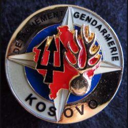 GENDARMERIE UNMIK : insigne métallique du détachement de la gendarmerie au Kosovo de fabrication A. Mourgeon