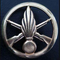 INFANTERIE : Insigne béret infanterie de fabrication Béraudy Vaure 4,4 cm