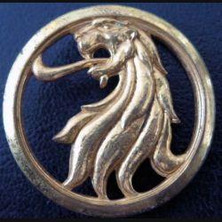 INSIGNE DE BÉRET : insigne de bérêt de la préparation militaire de fabrication Drago Paris guilloché et doré