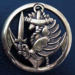 insigne de béret des commandos parachutistes coloniaux de fabrication Coinderoux