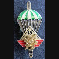 PROMOTION ENTSOA : insigne de promotion adjudant-chef Gadeaud de fabrication Beraudy 63 Ambert