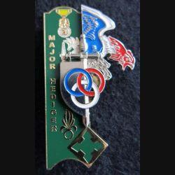 PROMOTION EIS FONTAINEBLEAU : insigne métallique de la promotion Major Hediger Arthus Bertrand Paris