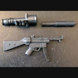 Fusil mitrailleur en réduction de 14,7 cm de longueur avec silencieux