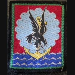 11° DP : insigne tissu de la 11° division parachutiste 5 x 7 cm avec crochets