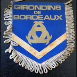 Fanion des Girondins de Bordeaux de dimension 8 x 9,5 cm
