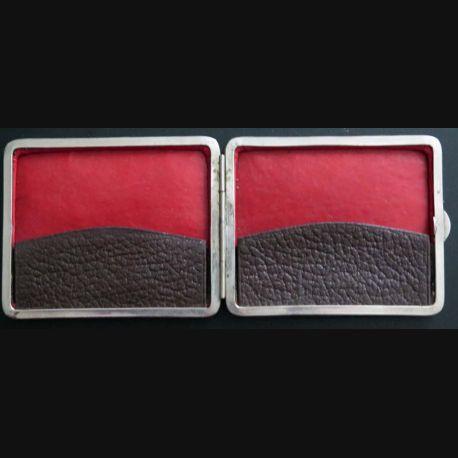 Porte cigarettes cuir et acier de largeur 11,3 cm années 1950 / 1970 (C173)