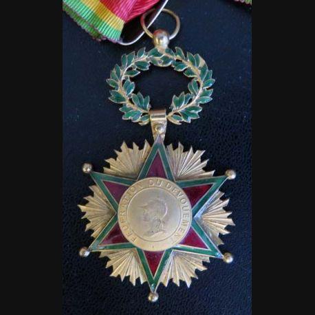 FRANCE : Médaille de commandeur de la fédération du dévouement en émail