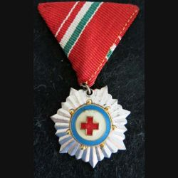 HONGRIE : médaille de la Croix-Rouge hongroise argent en émail ruban rouge