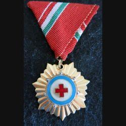 HONGRIE : médaille de la Croix-Rouge hongroise grade or en émail ruban rouge