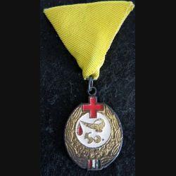 """HONGRIE : médaille cinquantième prix """"Excellent donneur de sang"""" pour don de sang"""