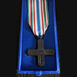 ITALIE : médaille de l'Ordre de Vittorio Veneto de la République italienne