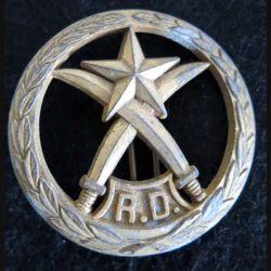 DJIBOUTI : Insigne de béret métallique des forces armées de Djibouti RD Drago Paris