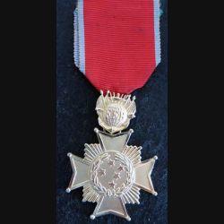 BRESIL  : médaille de la croix du combattant de 1° classe (Estados unidos do Brasil Cruz de combate 1° cl)