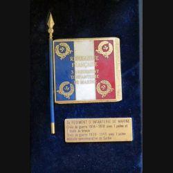 Souvenir régimentaire du drapeau du 3° RIMA recto verso sur feutrine bleu