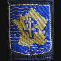 2° DB : insigne tissu de la 2° division blindée avec 3 attaches de fixation petite taille  5 x 6,5 cm