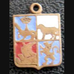 BLASON INCONNU : insigne métallique ancien blason en émail 11 x 16 mm avec organeau