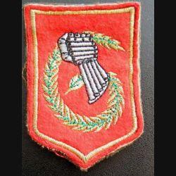 6° DLB : insigne tissu de la 6° division légère blindée avec 4 attaches