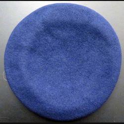 béret tchécoslovaque bleu marine taille 56-57 (C167)