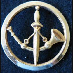 INSIGNE DE BERET  : Insigne de béret de la Poste aux armées en métal doré