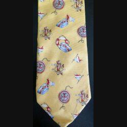 Cravate Laurent Cerrer 100 % soie à dominante jaune (C176)