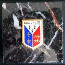 EMG CRS III : EMG de la compagnie républicaine de sécurité n° III collée sur plaque de marbre