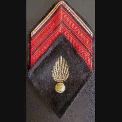 LOSANGE DE BRAS MODÈLE 45 : Caporal ADL du corps des experts avec crochets arrière