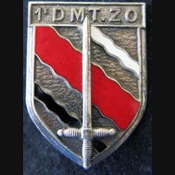 1° DMTZO : Insigne métallique de la 1° Division de Marche du Tonkin Zone Ouest Courtois Paris G. 1073