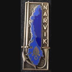 """PROMOTION ST CYR : insigne métallique de la promotion ESM """"Narvik"""" LR Paris G. 2153 argenté en émail"""