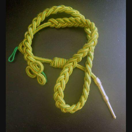 MILITARIA : fourragère de la médaille militaire aiguillette dorée
