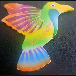 MAGNET FRIGO représentant un oiseau de Guadeloupe Hauteur 6,5 cm