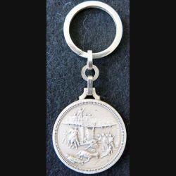 """PORTE CLEFS : porte clefs de la Légion étrangère """"Camerone""""  de fabrication Pichard Balme en métal argenté"""