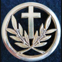 INSIGNE DE BERET : Insigne de béret d'aumonier catholique en métal doré