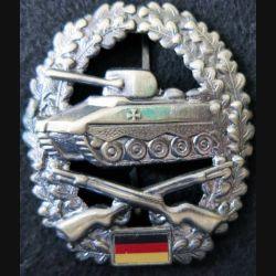 ALLEMAGNE : insigne de spécialité armée allemande troupes blindées grade bronze modèle ajouré