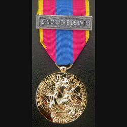"""FRANCE : médaille de la défense nationale modèle or avec la barrette """"Gendarmerie de l'Air"""""""