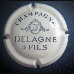 Capsule Muselet de bouteille de champagne Delagne & Fils crème et noir (L1)