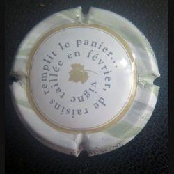 Capsule Muselet de bouteille de champagne de raisins remplit le panier...  gris et vert clair (L1)