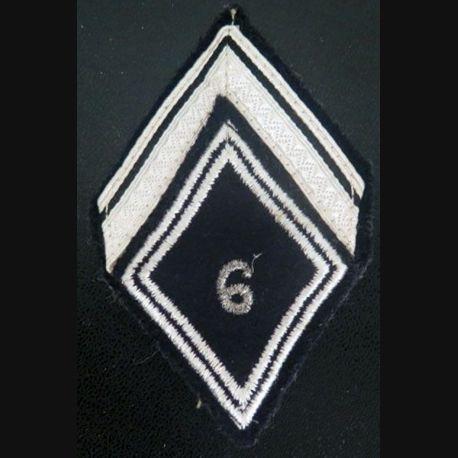 LOSANGE DE BRAS MODÈLE 45 : maréchal des logis ADL du 6° régiment de cuirassiers avec crochets